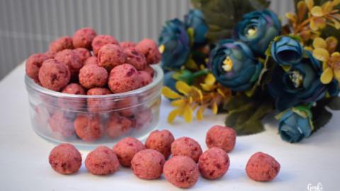 Rezept: Rote Beete-Haselnuss Kugeln für Hunde