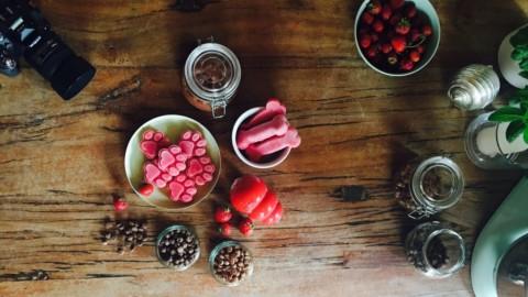 Hunde-Snacks selber machen // 5 einfache Rezepte mit Erdbeeren