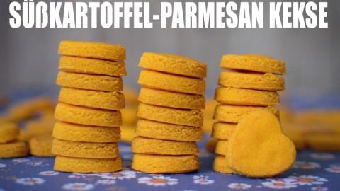 Rezept: Süßkartoffel-Parmesan Kekse für Hunde