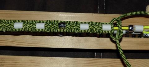 DIY – Zeckenhalsband aus Paracord mit EM-Pipes