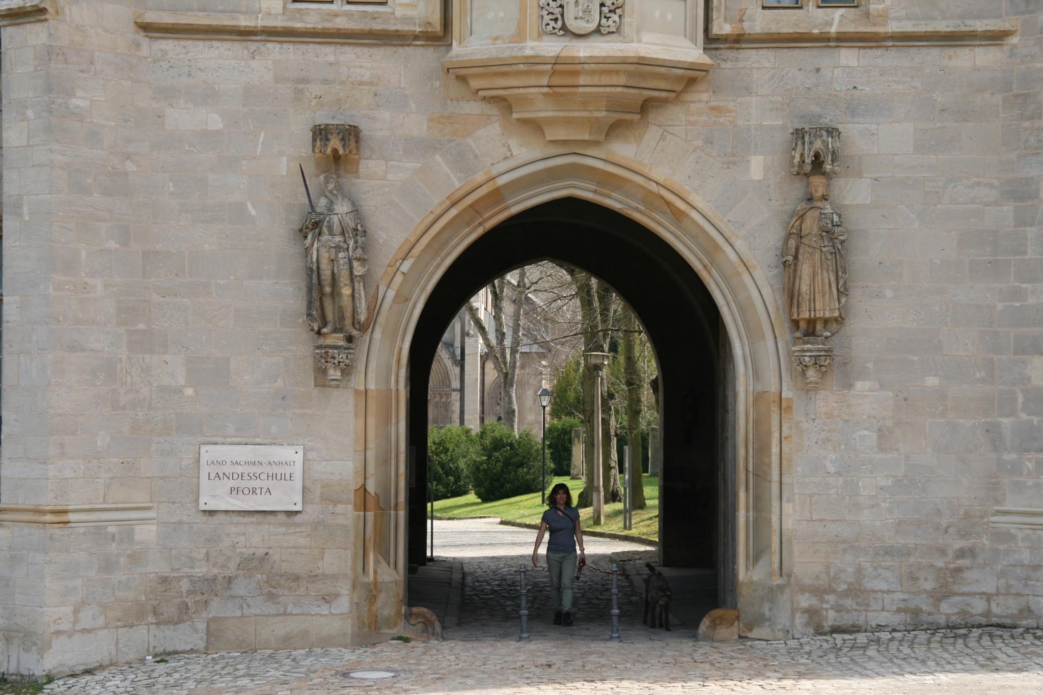 Schulpforte Eingang