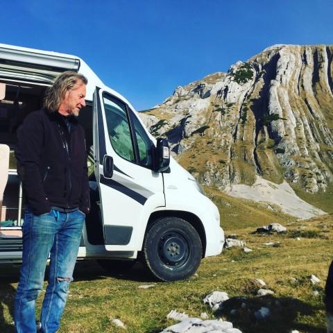 Montenegro-Rundreise im Campingbus mit Hund