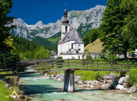 Wanderung mit Hund in Berchtesgaden durch die Wimbachklamm zum Wimbachschloss
