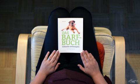 Das Barf-Buch von Nadine Wolf [Werbung]