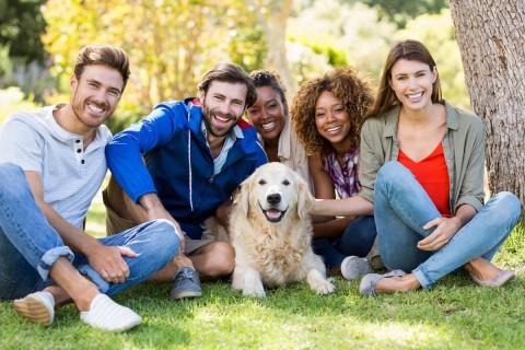 So kannst du schnell und einfach Hundefreunde kennenlernen [Anzeige]