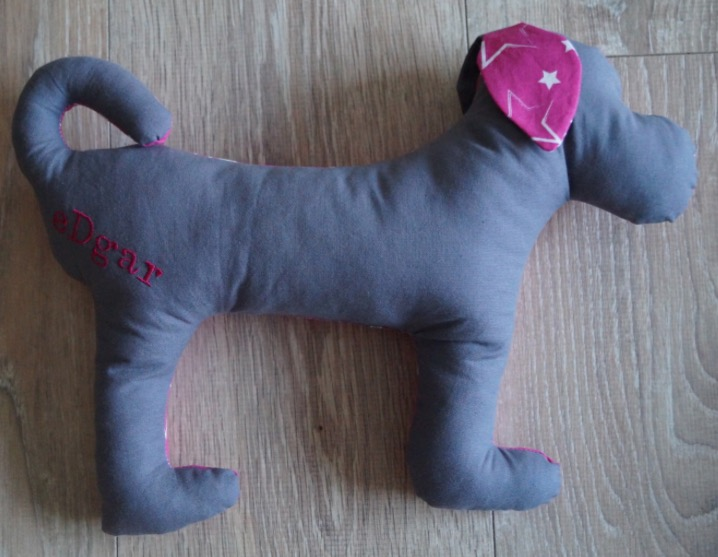 produkttester-gesucht-hunde-spielzeug-edgar-die-struppibande-glueckshund-4
