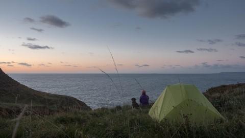 South West Coast Path mit Hund und wer hatte eigentlich die Idee mit dem Zelt?